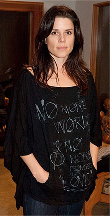 canadian actress neve campbell wearing lyric culture fashion